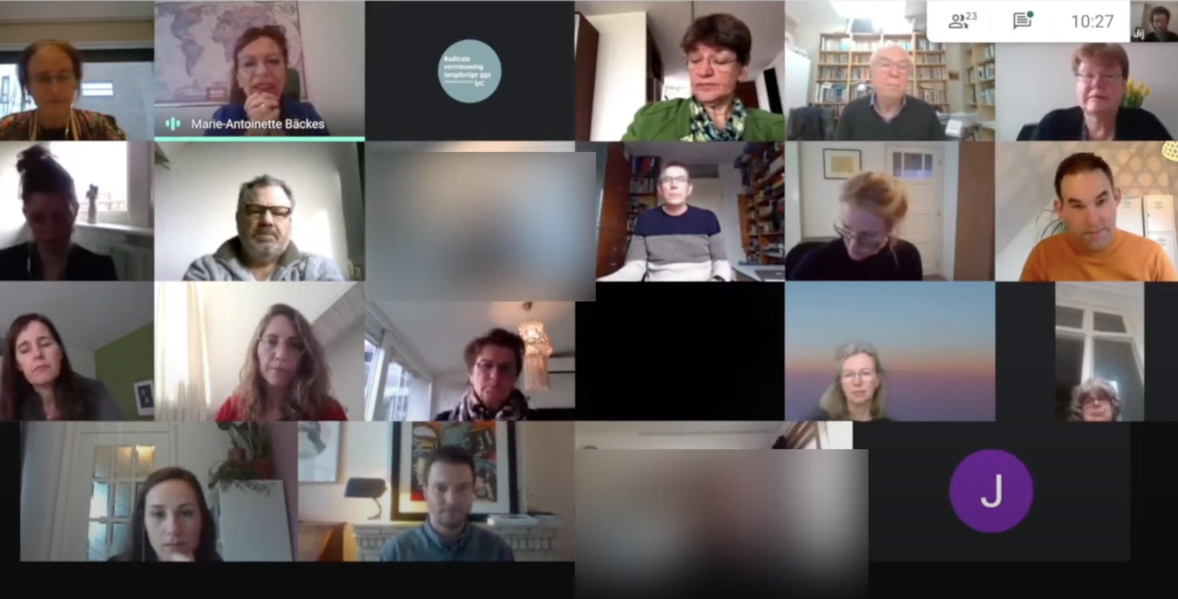 Eerste deelnemers op scherm online bijeenkomst